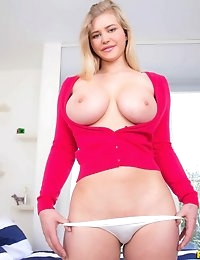 """Pure 18â""""¢ Presents Roxy in Foxy Roxy- Movies And Pictures photo #2"""