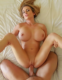 Sexy Blonde had a hot one night stand, and can't get away without a next morning fuck session photo #5